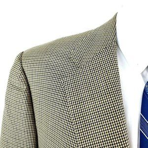 Brooks Brothers Suits & Blazers - Brooks Brothers 42R 2 Button Houndstooth Tan